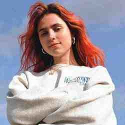 Clairo chords for Favoritism