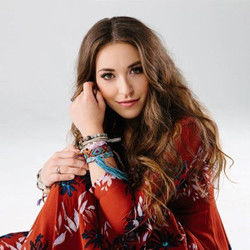 Lauren Daigle tabs and guitar chords