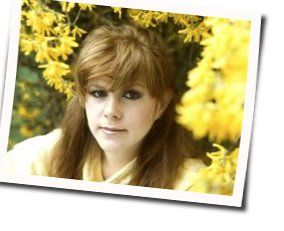 Kirsty Maccoll guitar chords for As long as you hold me