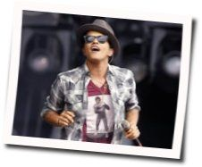 Bruno Mars guitar chords for Before it explodes