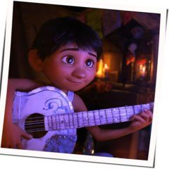 Misc Cartoons guitar chords for Coco - il mondo es mi familia