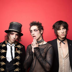 Palaye Royale bass tabs for Stay