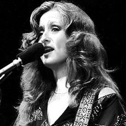 Bonnie Raitt guitar chords for I dont want anything to change