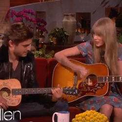 Taylor Swift chords for Pumped up kicks acoustic