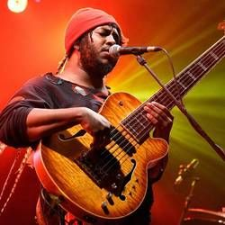 Thundercat bass tabs for I love louis cole