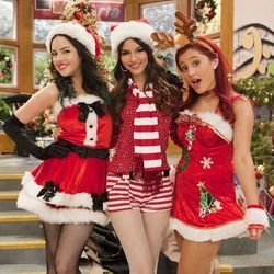 Victorious Cast chords for Its not christmas without you